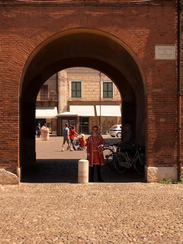 Palio di Ferrara - Man in Costume