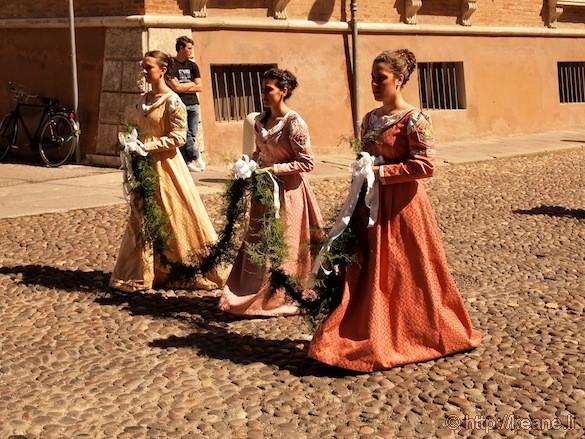Palio di Ferrara - Parade Maidens