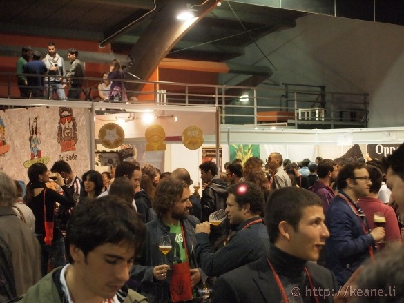 Italia Beer Festival - Getting Busy Inside