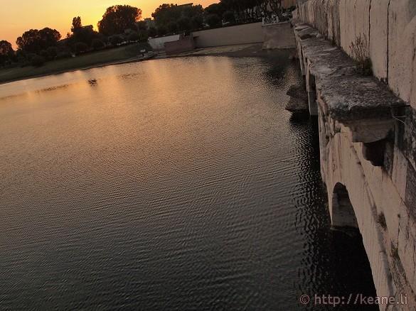 Ponte d'Augusto / Bridge of Tiberius at Sunset