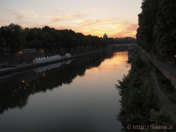 Summer Nights in Rome - The Tevere (Tiber River)