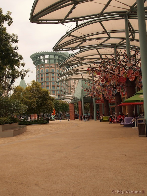 Sentosa Island in Singapore - Outdoor shopping