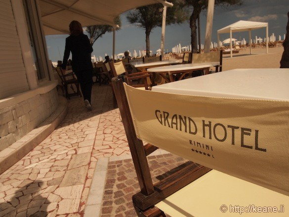 Grand Hotel Rimini - Beach chairs by the hotel beach bar