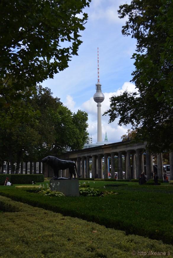 Berliner Fernsehturm - Berlin TV Tower