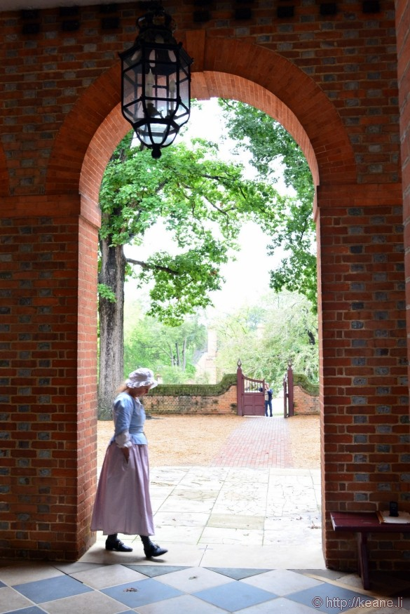 Colonial Williamsburg - Actress at the Capitol