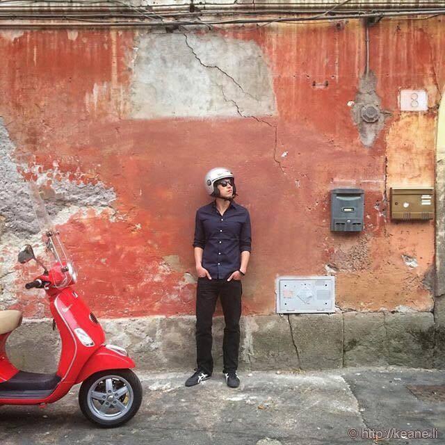 Keane Travels Rome